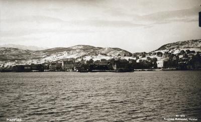 Harstad sentrum fotografert fra sjøsiden