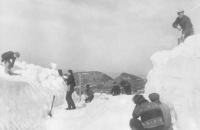'Veirydding mellom Hasvåg og Hasvik i mai 1946