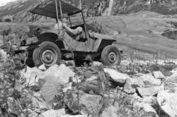 """Gammel militær jeep""<br/>Foto: Thorleif Hoff"