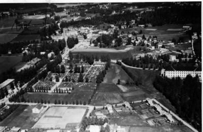 Leiret med kirke fra 1949