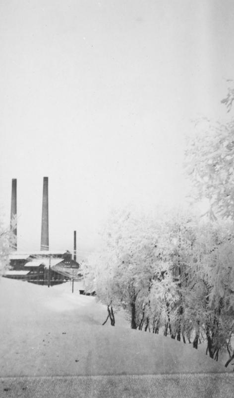 'Fra Kirkenes (fra doktorgaarden nedover)