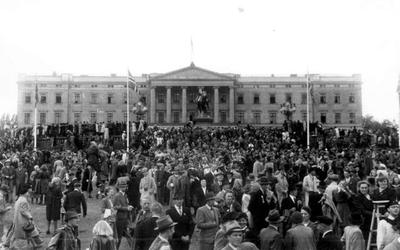 Fra fredsdagene i 1945