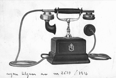 telefonapparat veggmontert med batterikasse fast mikrofon og